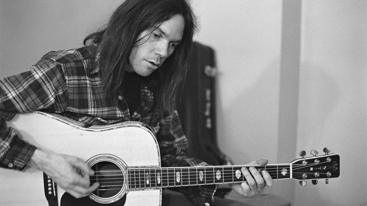 Neil Young – Hitchhiker