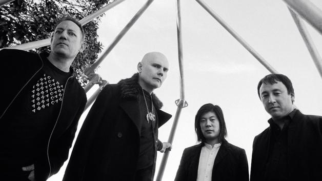 Smashing Pumpkins – Shiny and Oh So Bright, Vol. 1 / LP: No Past. No Future. No Sun.